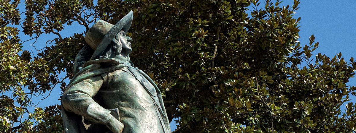 Auch : la statue de D'Artagnan - statue of D'Artagnan
