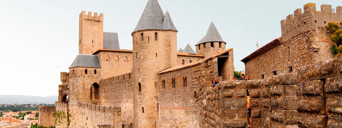 La cité médiévale de Carcassonne - The city of Carcassonne - La ciudad de Carcasona